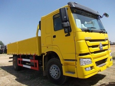 Low Consumption Heavy Cargo Truck ZZ1257N4647W For Logistics / Transport
