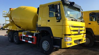 Heavy Duty 6x4 10 CBM Ready Mix Concrete Truck HOWO ZZ1257M3247W In Yellow