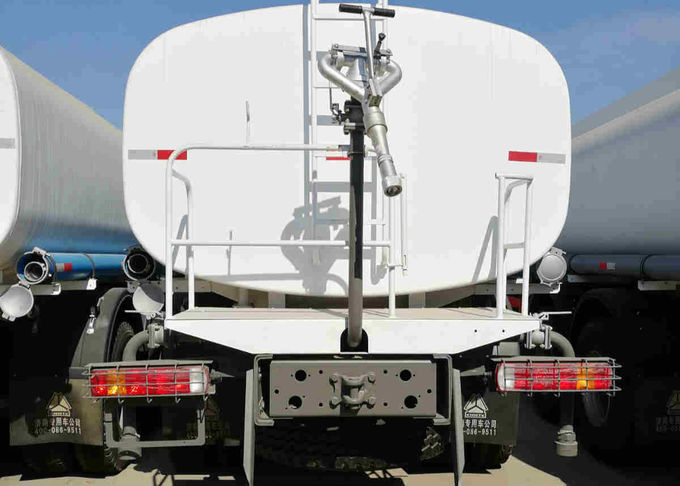 Reliability 15m3 Water Tank Truck , Water Bowser Truck With 336HP Engine